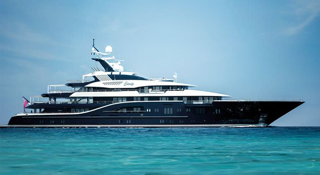 Motor Yacht Solandge to Debut